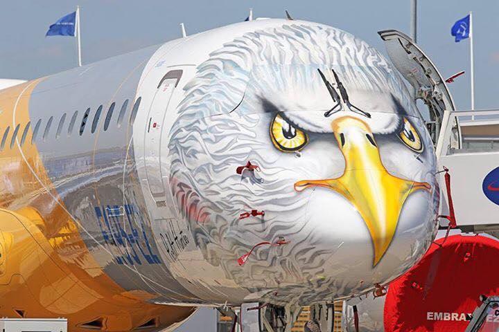 "Profit Hunter - Embraer 195-E2 - ""охотник за прибылью"" на авиасалоне в Ле-Бурже"