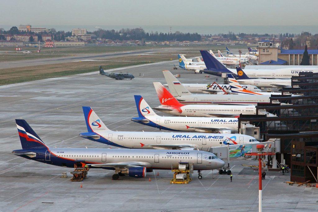 aeroport sochi base 1024x683 - Аэропорты Кубани запустили программу «Идеальный пассажир»