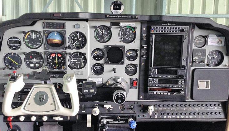 beechcraft f33a bonanza 350294 1c3255140c1a99a5 920X485 - Beechcraft F33A Bonanza