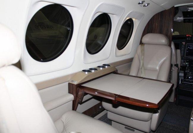 beechcraft king air c90gti 293726 8d8d208f302fd48fcc3be7c18a54214a 920X485 - Beechcraft King Air C90GTi