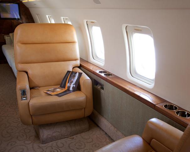 bombardier challenger 601 3a 294044 fe03353daafaf149e86f8a710408c88d 920X485 - Bombardier Challenger 601-3A