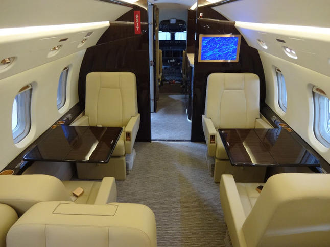 bombardier challenger 604 293232 12d7ed6204aa11ae0e6b535882073841 920X485 - Bombardier Challenger 604