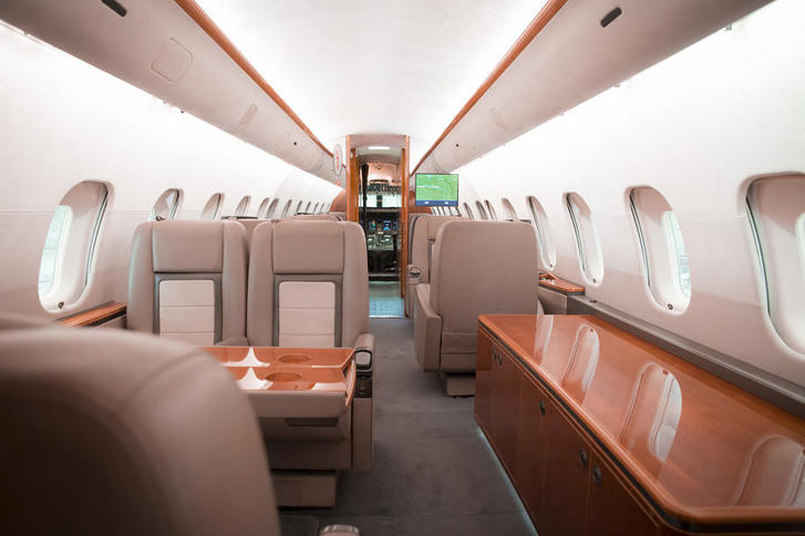 bombardier global 5000 350124 403310f6cc0e42ca 920X485 - Bombardier Global 5000