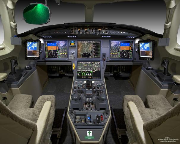 dassault falcon 7x 294225 f12079a418b8daab228fe46a1fef542c 920X485 - Dassault Falcon 7X