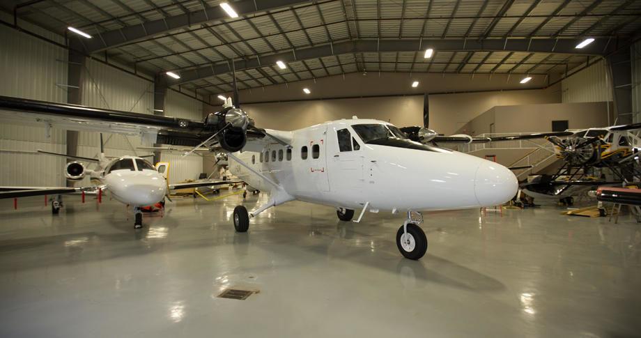 de havilland dhc 6 100 350142 9bd1af8d4c89b989 920X485 920x485 - De Havilland DHC-6-100