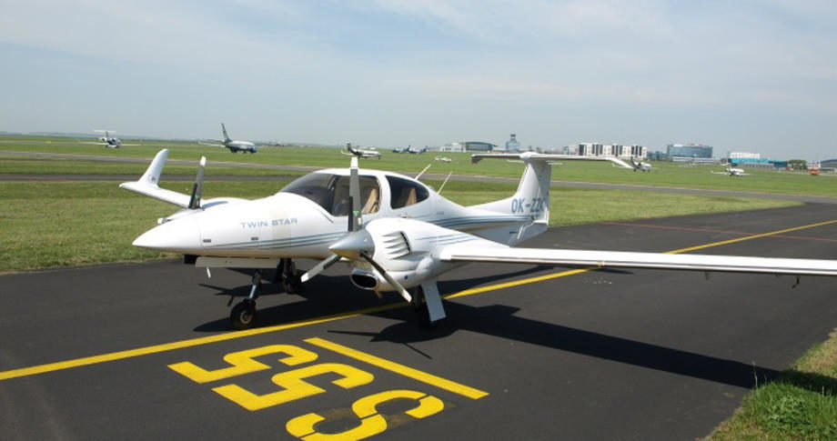 Diamond DA-42 Twin Star купить бу