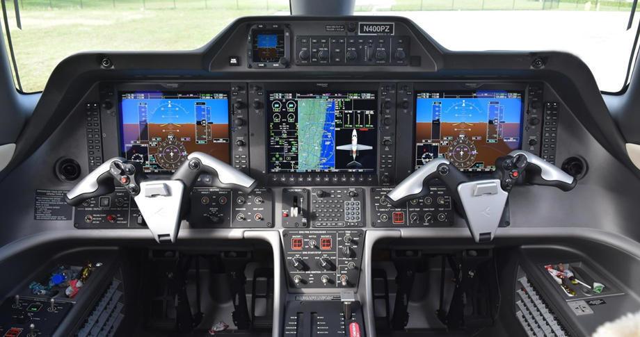 embraer phenom 100 294060 a735a2f8b3707b2c 920X485 920x485 - Embraer Phenom 100