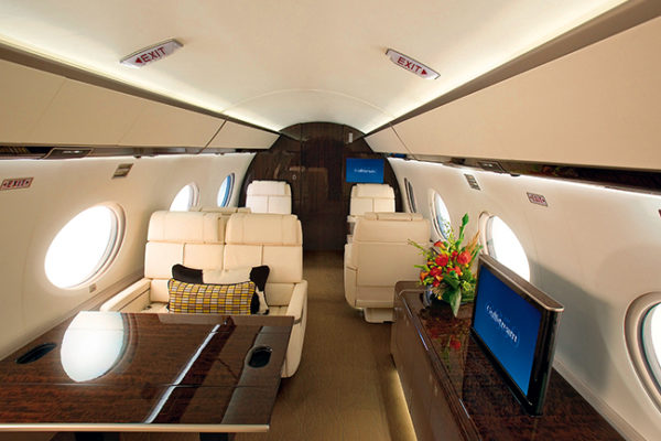 gulfstream g650 cabin 600x400 - Gulfstream G650
