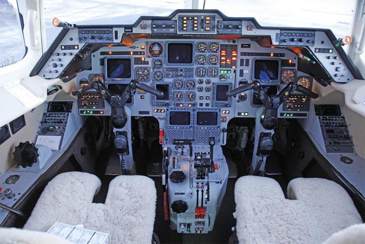 hawker beechcraft 800a 294016 660e06063acc5444c72575cba90abf8e 920X485 - Hawker Beechcraft 800A