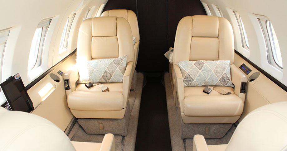hawker beechcraft 800a 350388 9a61994aaaa361f9 920X485 920x485 - Hawker Beechcraft 800A