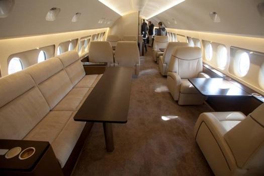 Российские госкомпании обязали закупать или арендовать SSJ100