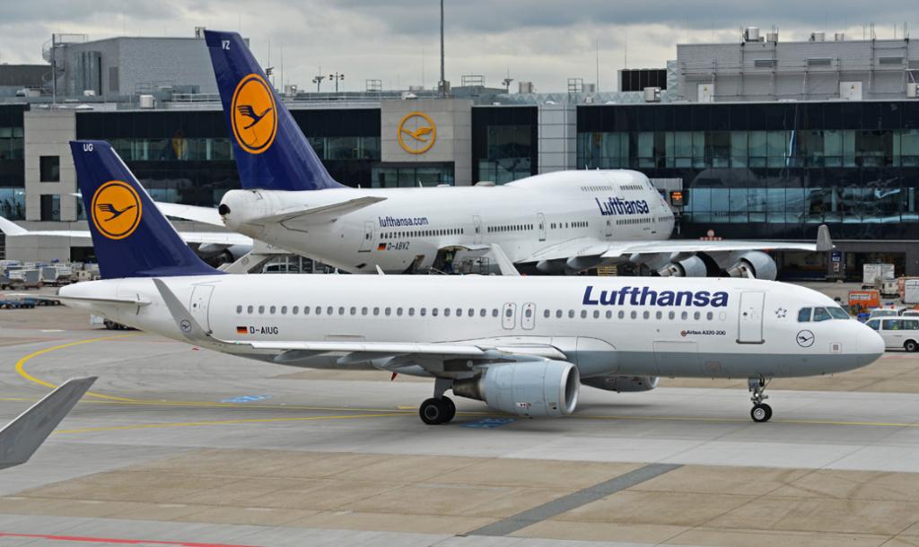 Самолет Lufthansa совершил экстренную посадку на Кипре