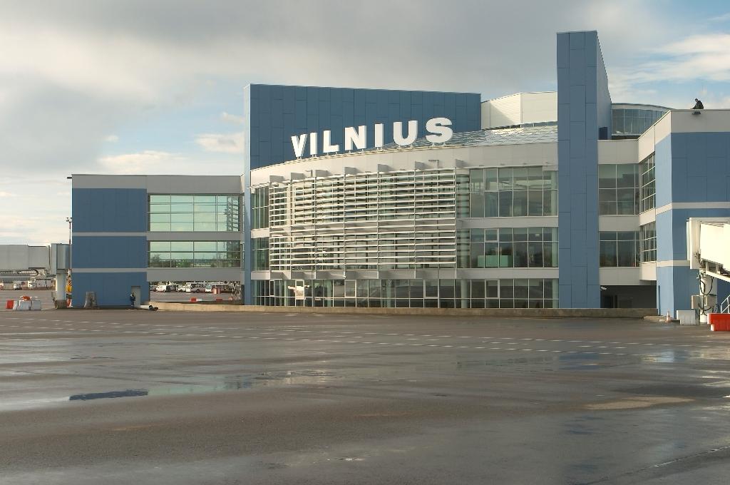 Аэропорт Вильнюса закрыт на 35 дней