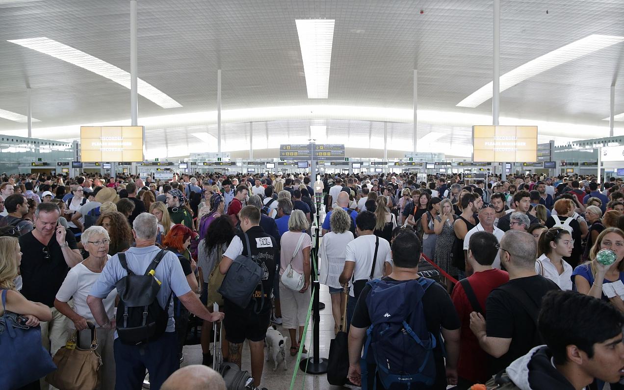 807u - Очереди на контроле в аэропортах ЕС назвал платой за безопасность