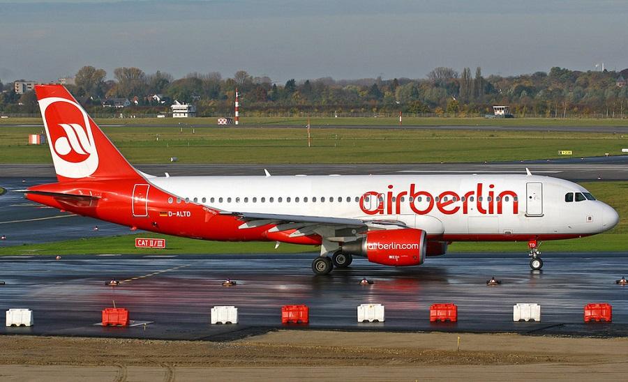 Власти Германии выступили против продажи Air Berlin