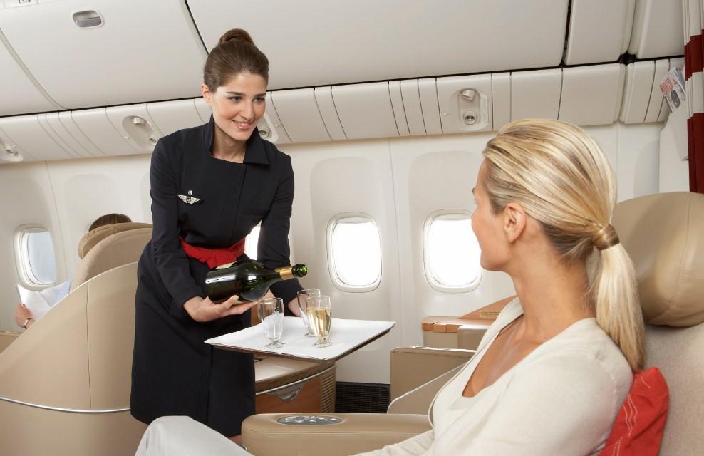 Styuardessyi Air France - Стюардессы Air France начнут бессрочную забастовку