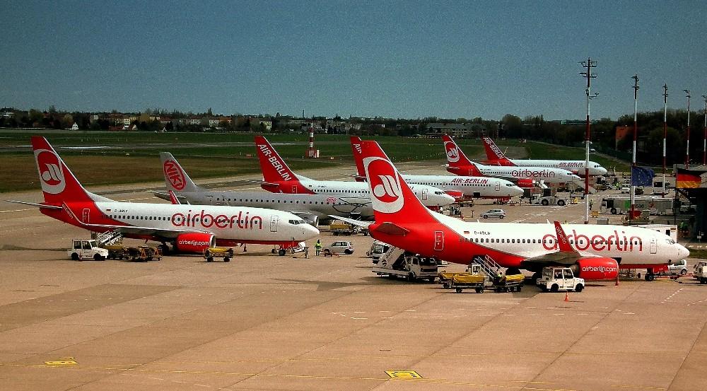 alman devi air berlin iflas etti - Lufthansa планирует купить большую часть самолётов Air Berlin