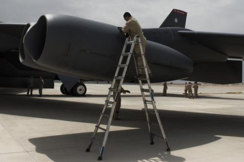 Двигатели с бизнес-джетов – на стратегический бомбардировщик