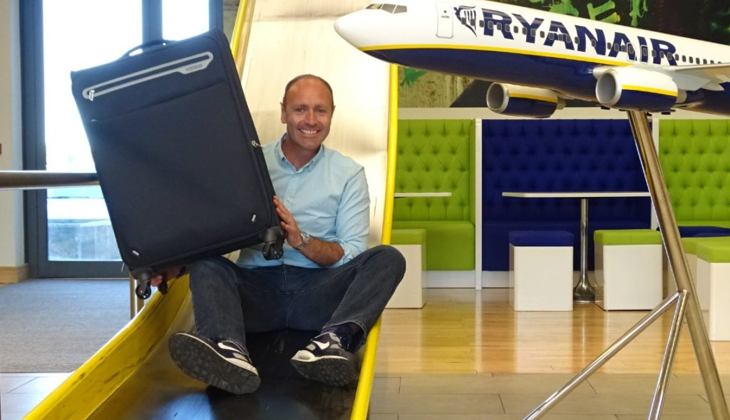 Ryanair 1024x589 - Авиакомпания Ryanair меняет правила провоза ручной клади