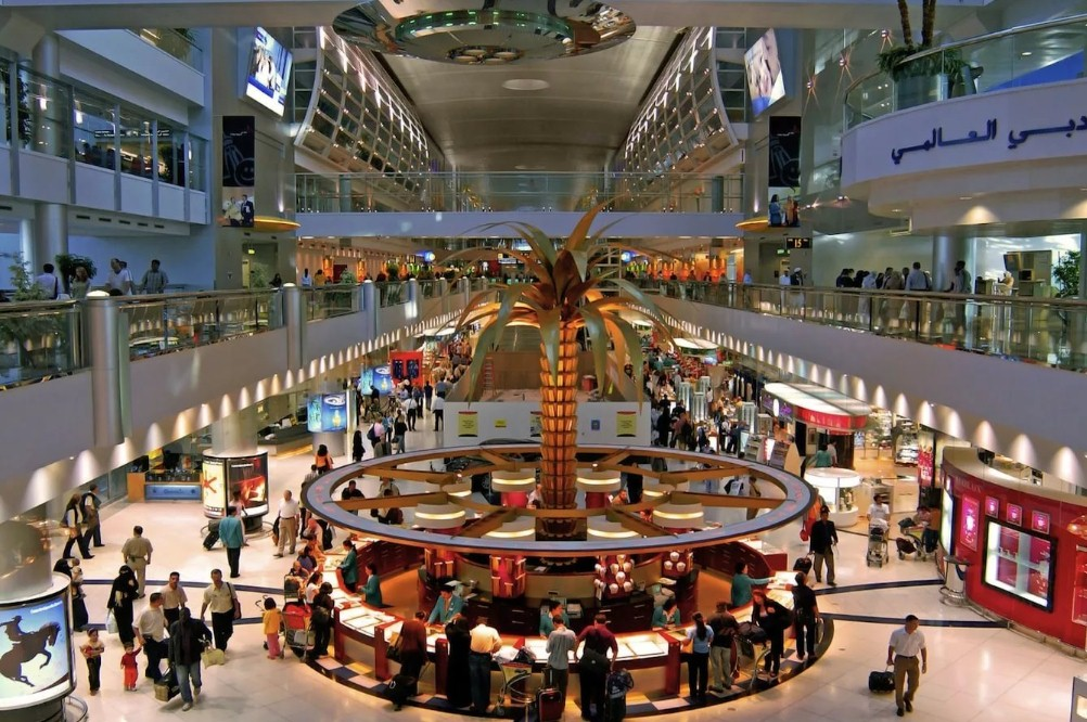 ae`roportu Dubaya - В аэропорту Дубая через Wi-Fi можно бесплатно смотреть кино