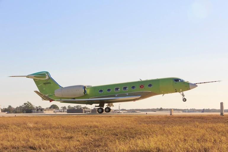 Gulfstream Aerospace празднует новый этап программы летных испытаний