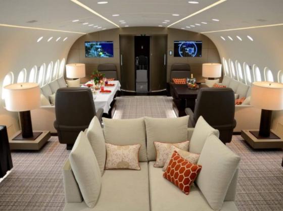 1 - Возможность насладиться прекрасными видами с борта частного самолета Boeing 787 Dreamliner  стоит $74 000