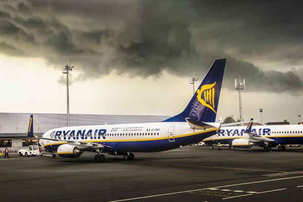 1068 - Ryanair умоляет своих бывших пилотов вернуться