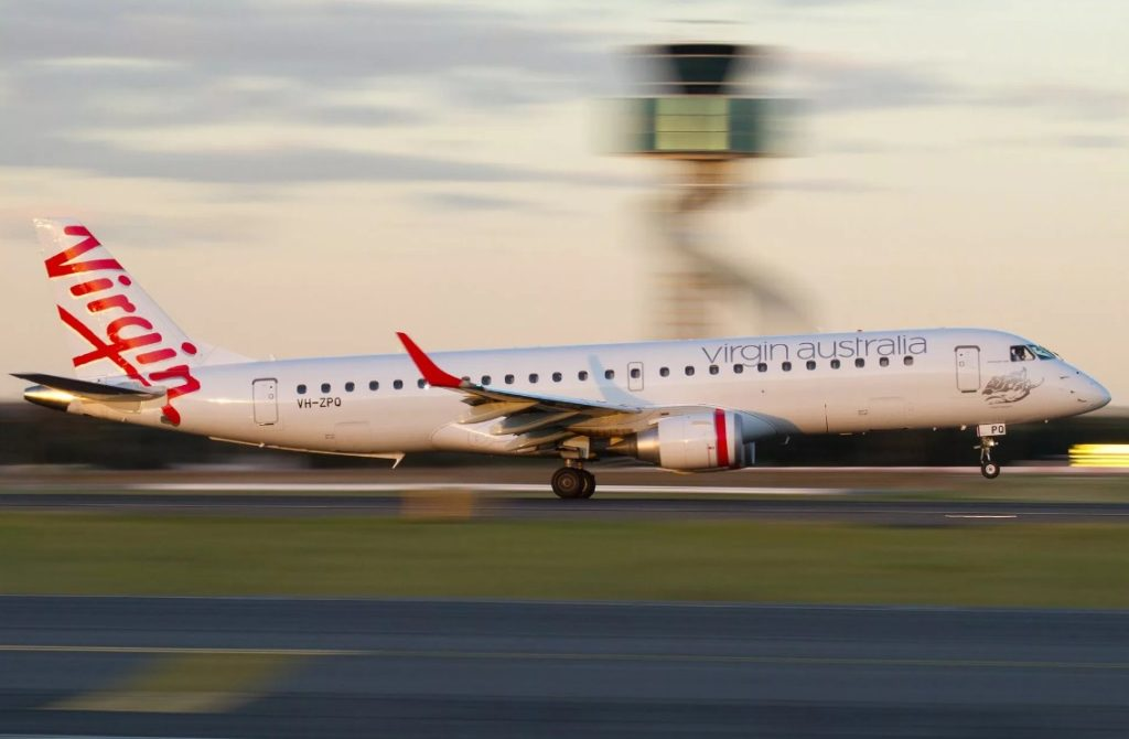 Virgin Australia 1024x670 - Boeing 737-800 Virgin Australia вернулся в аэропорт из-за столкновения с орлом