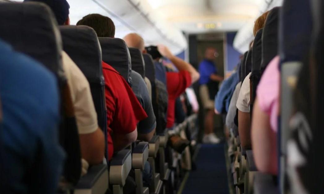 """aviapassazhiryi - """"Приобретенная беспомощность"""" влияет на прибыль авиакомпаний"""
