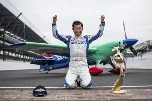 muroya - Невероятная гонка в финале Red Bull Air Race закончилась победой японца