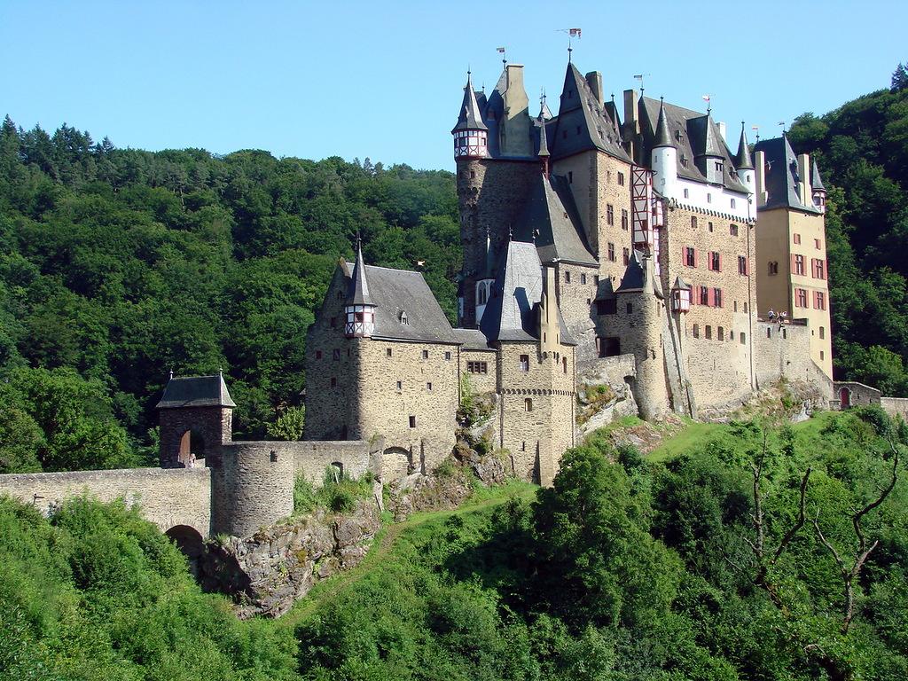0 70969 f3b54975 XXL - Замок Бург Эльц