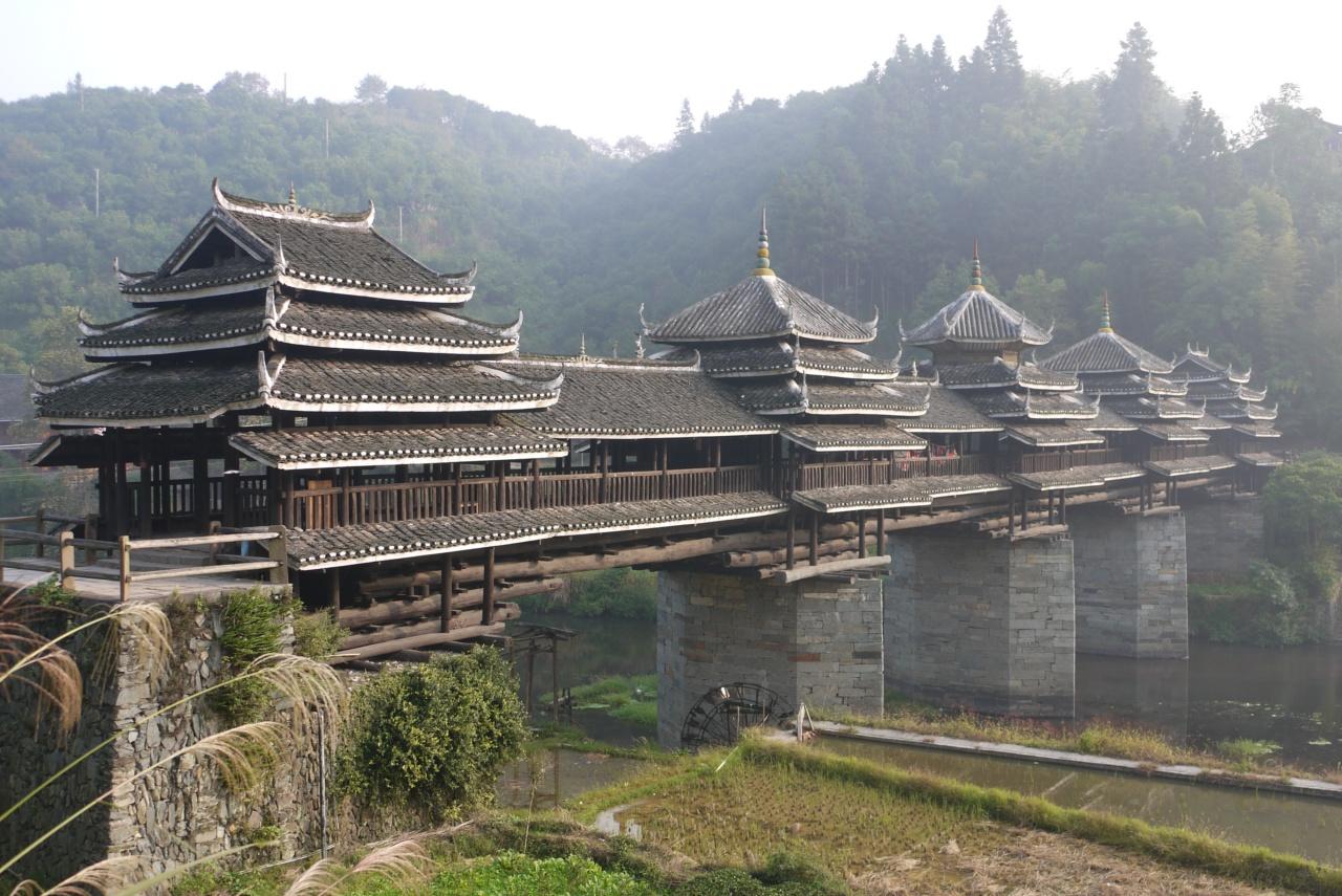 0 d42d4 583dd7e1 orig - «Ветер и дождь» - поэтичные мосты Китая