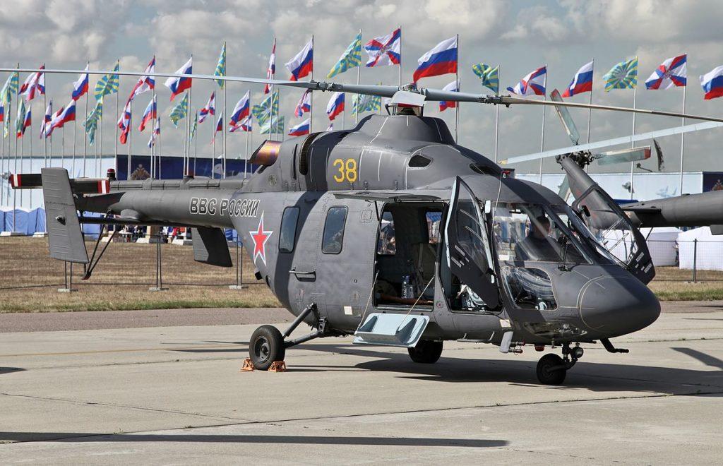 1200px Kazan Ansat   100th anniversary of Russian Air Force  02 1024x660 - Россия развивает авиастроение и малую авиацию