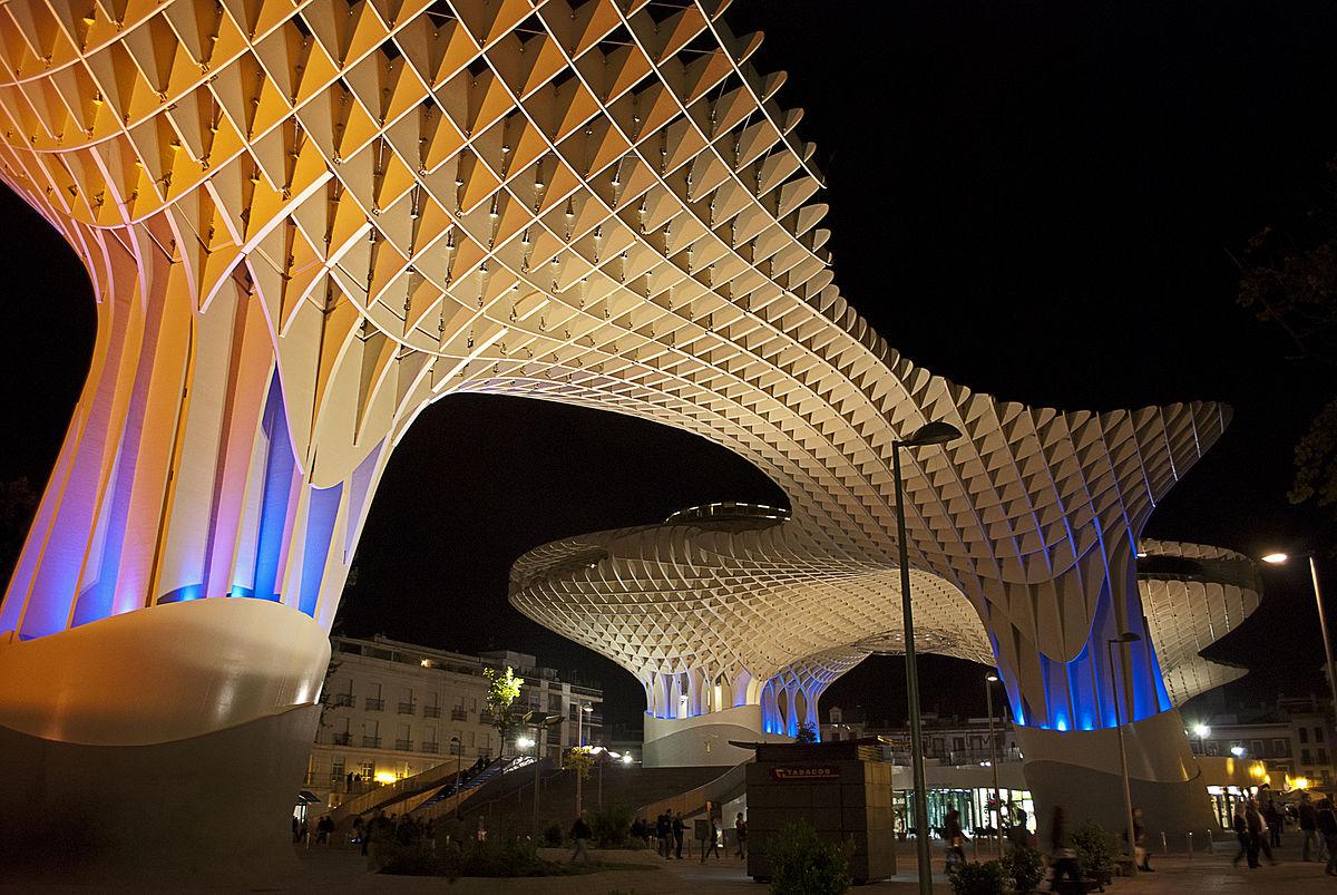 1200px Metropolparasolnov2011001 - Зонтик Метрополь - необычная деревянная конструкция в Севилье