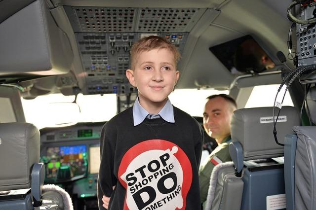 55993 - Бизнес-джет  Gulfstream G550 для онкобольных детей