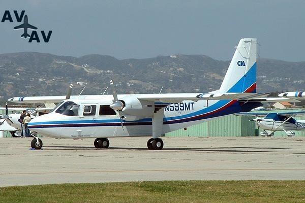 BN2 Islander PrivateFly AA1025 - Charter a BN2 Islander - Аренда