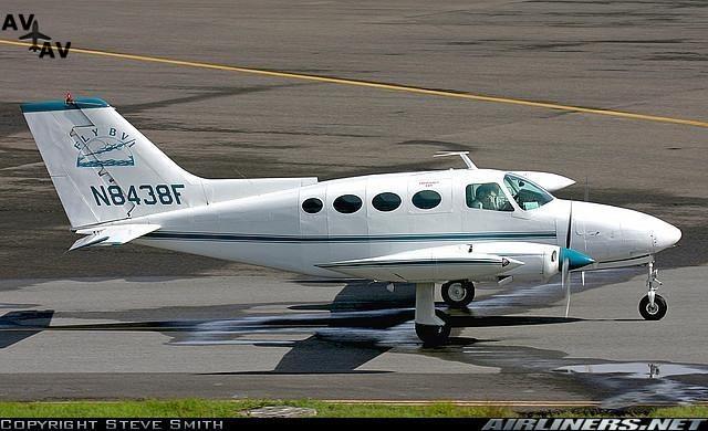 Cessna C401 C402 C411 PrivateFly AA8208 - Charter a Cessna C401 / C402 / C411 - Аренда