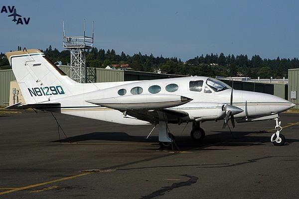 Cessna C414 Chancellor PrivateFly AA1113 - Charter a Cessna C414 Chancellor - Аренда