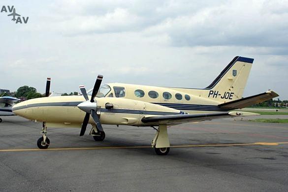 Cessna C425 Corsair Conquest I PrivateFly AA1070 - Charter a Cessna C425 Corsair / Conquest I - Аренда