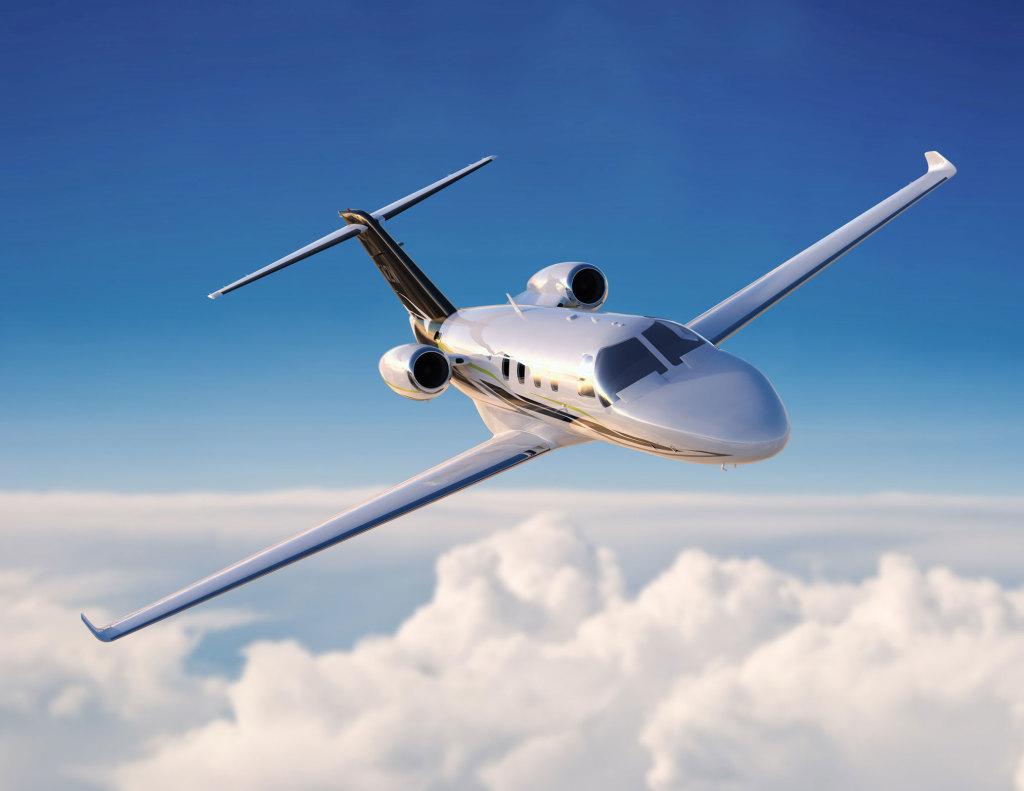 Cessna Citation M2 light business jet 1 1024x791 - Молодые люди пользуются бизнес авиацией!