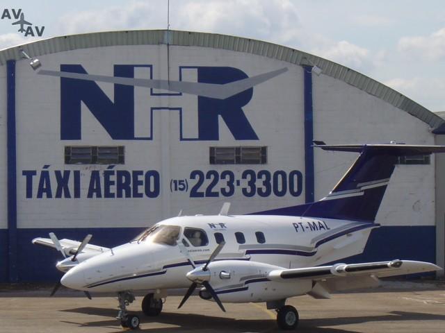 EMB 121 Xingu PrivateFly CC AA2970 - Charter a EMB 121 Xingu - Аренда