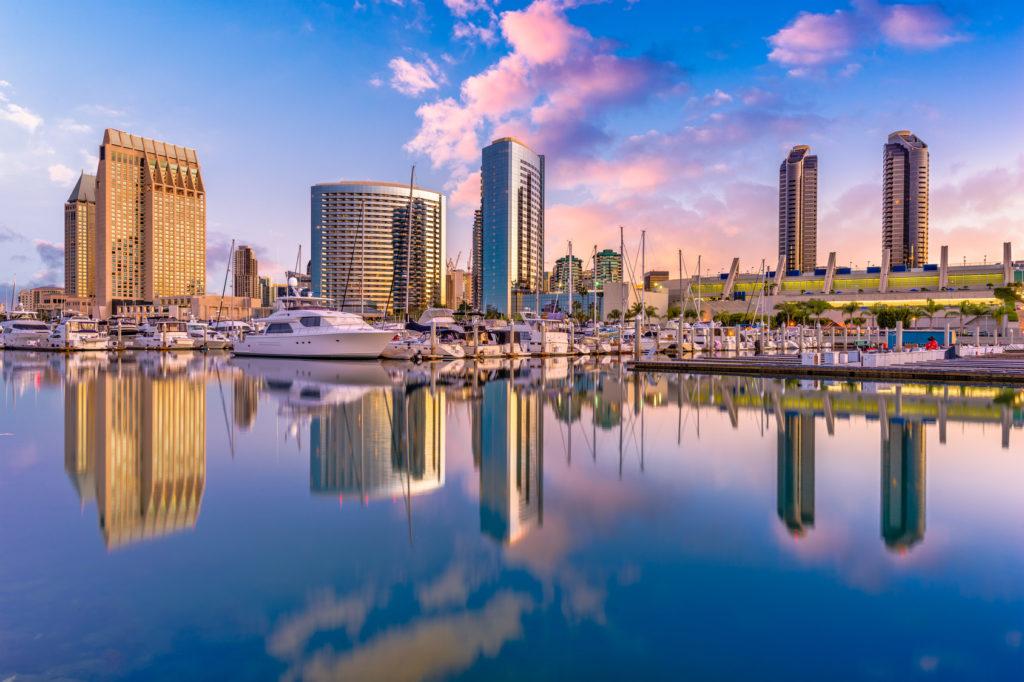 Сан-Диего, Калифорния, США. San Diego, California, USA downtown city skyline.