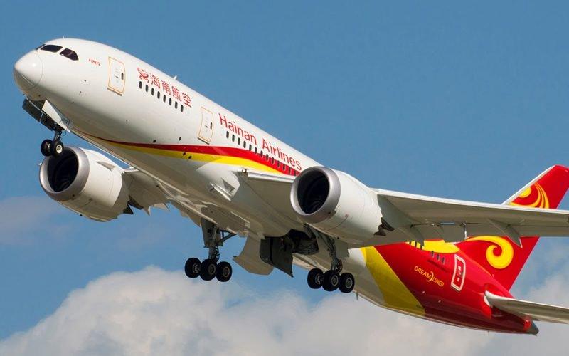 HU 787 800x500 - Первый Dreamliner компании Hainan Airlines прибыл в Москву