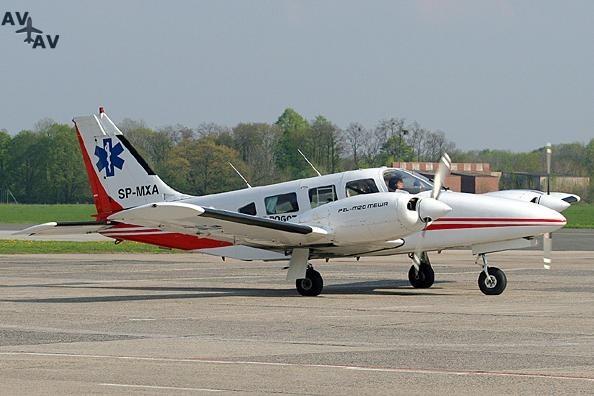 PZL M 20 Mewa PrivateFly AA1042 - Charter a PZL M-20 Mewa - Аренда