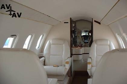 Piaggio P180 Avanti PrivateFly AA1058 - Charter a Piaggio P180 Avanti - Аренда