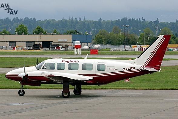 Piper PA31 Navajo PrivateFly AA1057 - Charter a Piper PA31 Navajo - Аренда