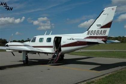Piper PA31T Cheyenne I II PrivateFly CC AA3779 - Charter a Piper PA31T Cheyenne I/II - Аренда