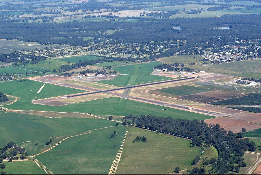 Tocumwal Airport 1024x685 - Аэропорт Токумвал Австралия коды IATA: TCW, ICAO: YTOC