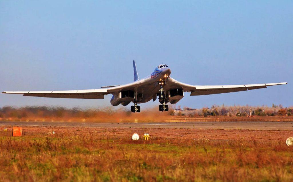 """Tu 160 1024x636 - """"Туполев"""" отказывается делать из Ту-160 и Ту-22М3 бизнес-джеты"""