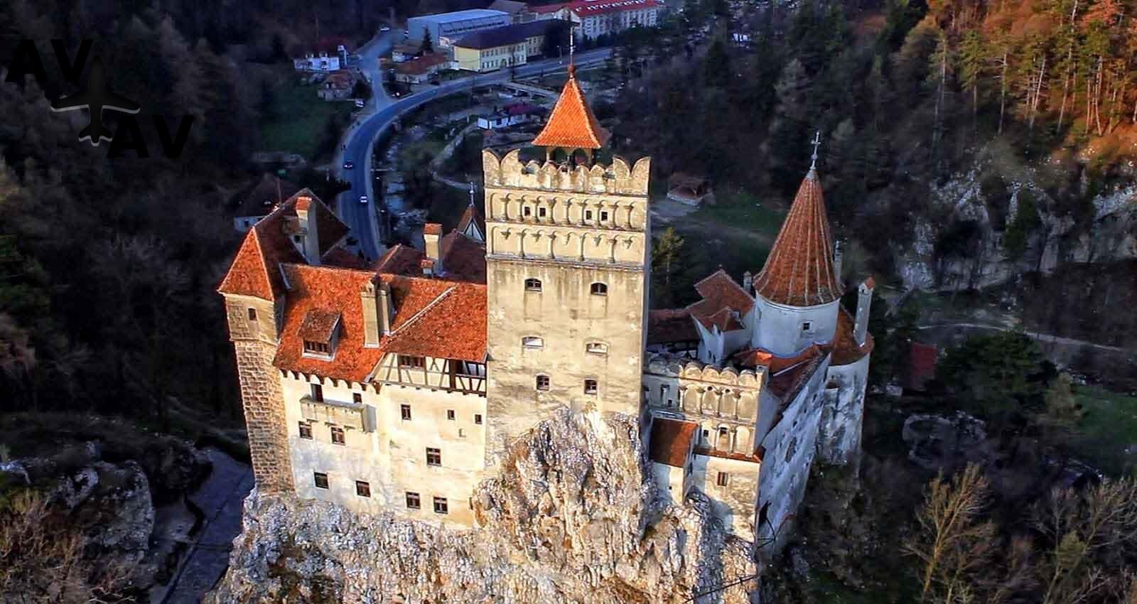 Zamok Bran - Самые загадочные замки мира